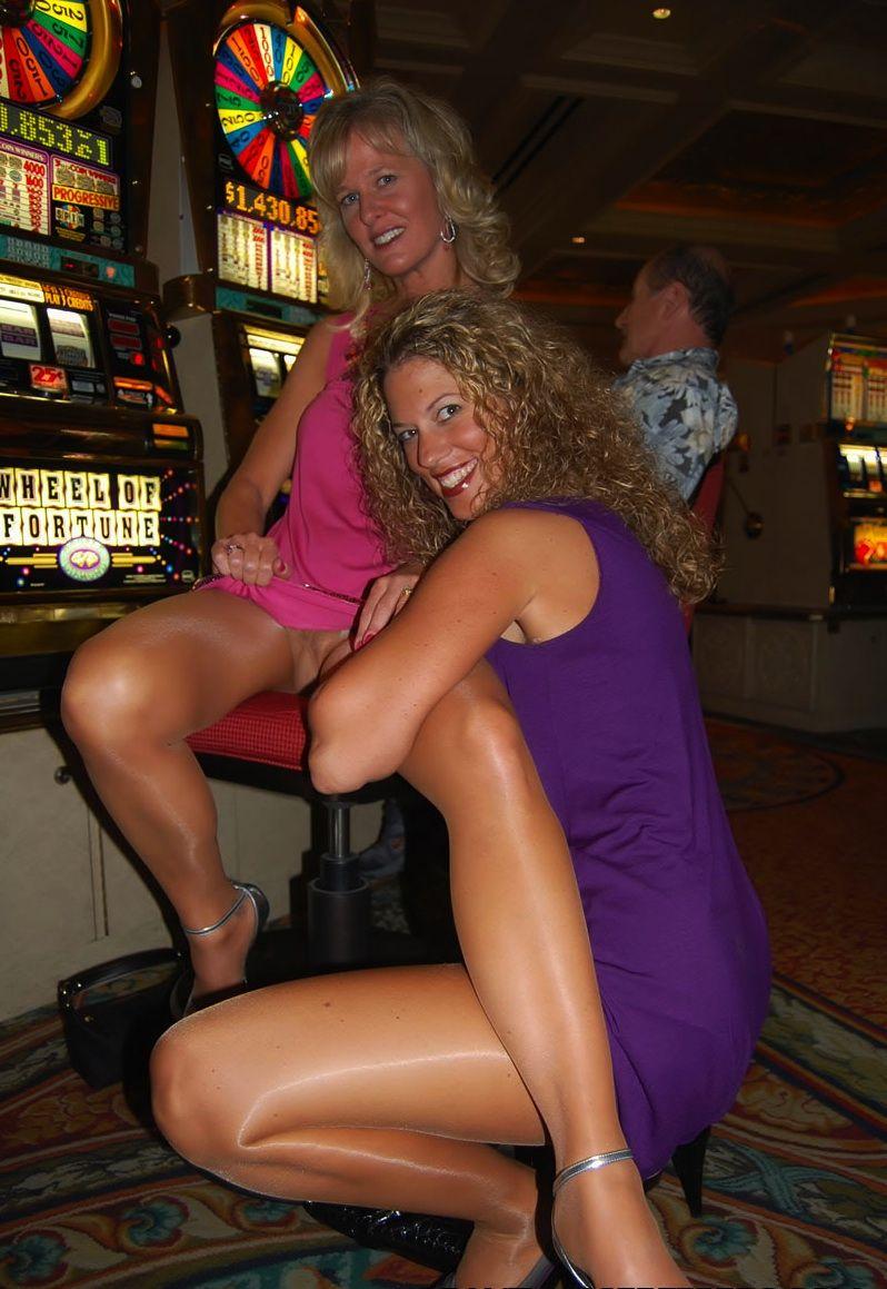Vegas Pantyhose 107