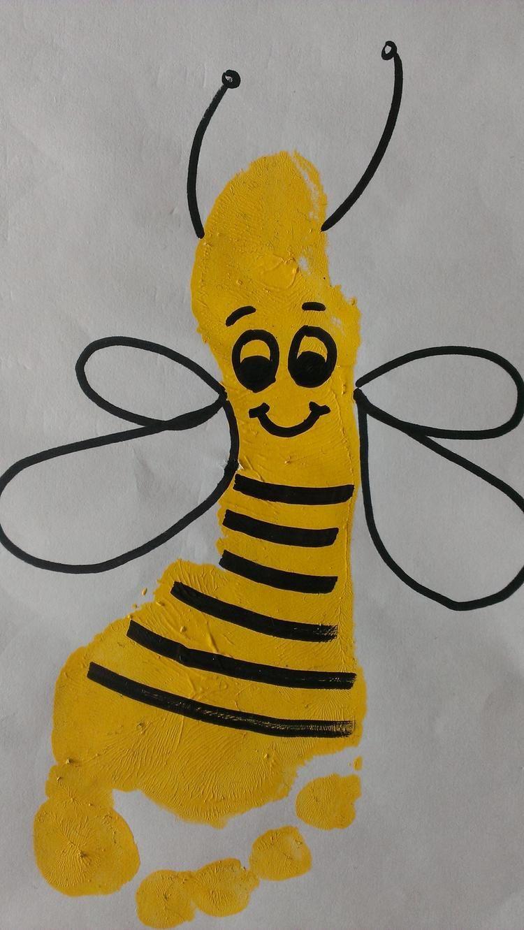 süße Fußabdruck-Biene #bastelprojektefürdenfrühling