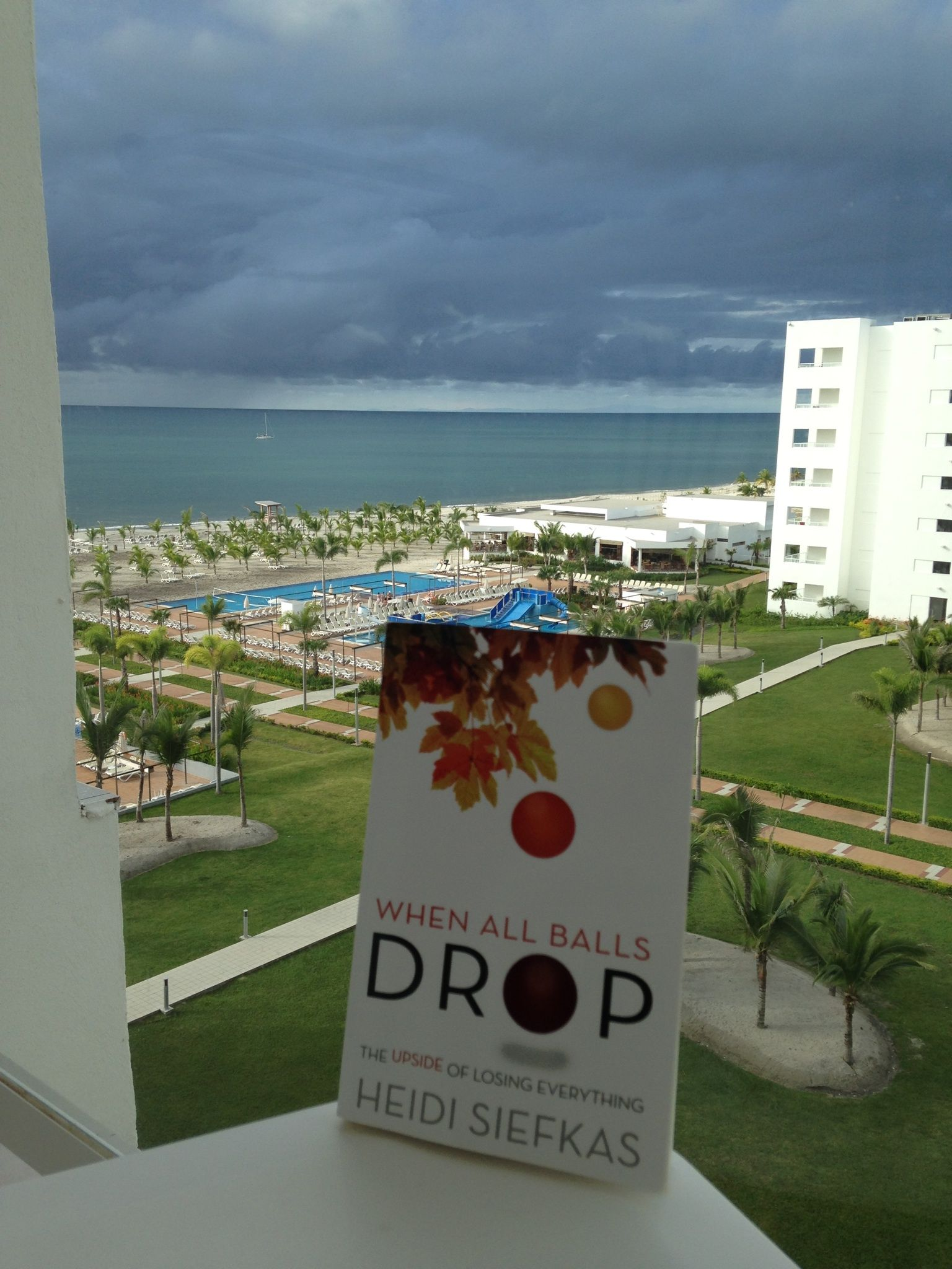 OMG - Look where #WhenAllBallsDrop was spotted! A reader sent this picture from Panama. The book and its powerful message are going where even I haven't explored. This is a great sign! #newbooks #inspiration Where are you reading it? http://www.amazon.com/When-All-Balls-Drop-Everything/dp/1627871217/ref=cm_cr_pr_pb_t