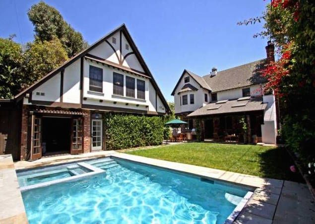 Los Angeles Ca With Images Brentwood Los Angeles House