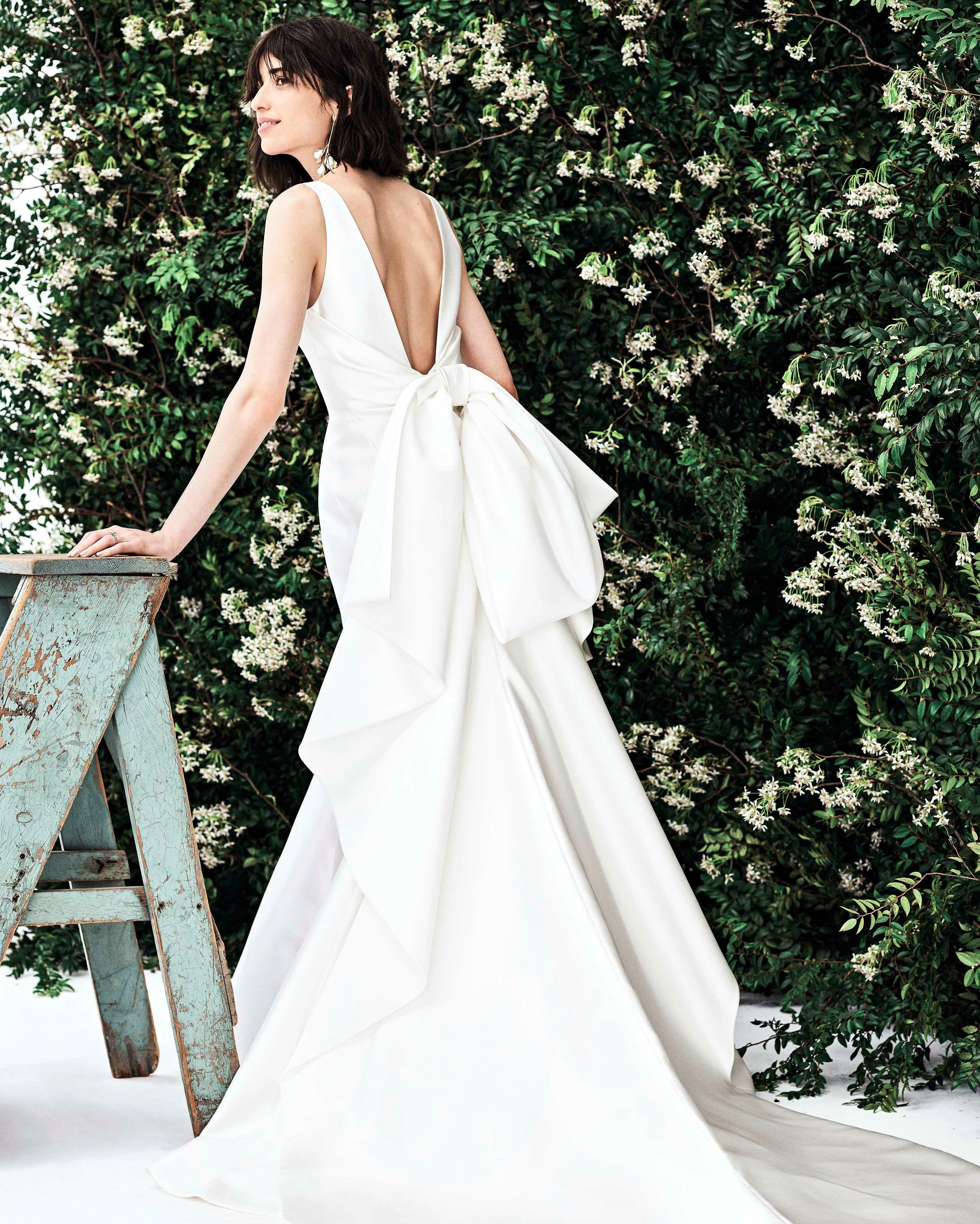 23bc592e38e9 Sleeveless mermaid weding dress with bow detail on back #Wedding #Bride  #Bridal #