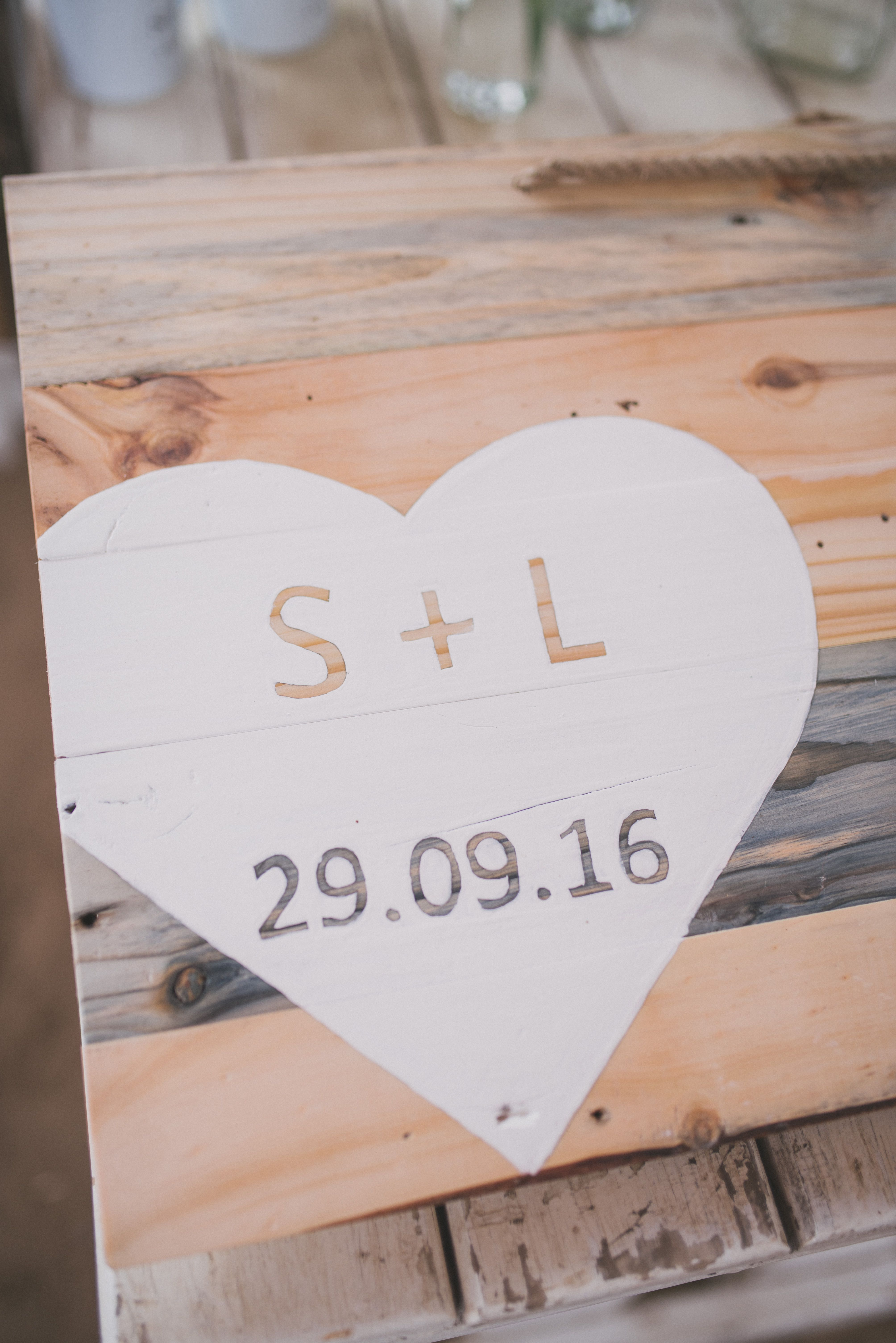 Diy rustic wedding guest book our perfect mozambican wedding