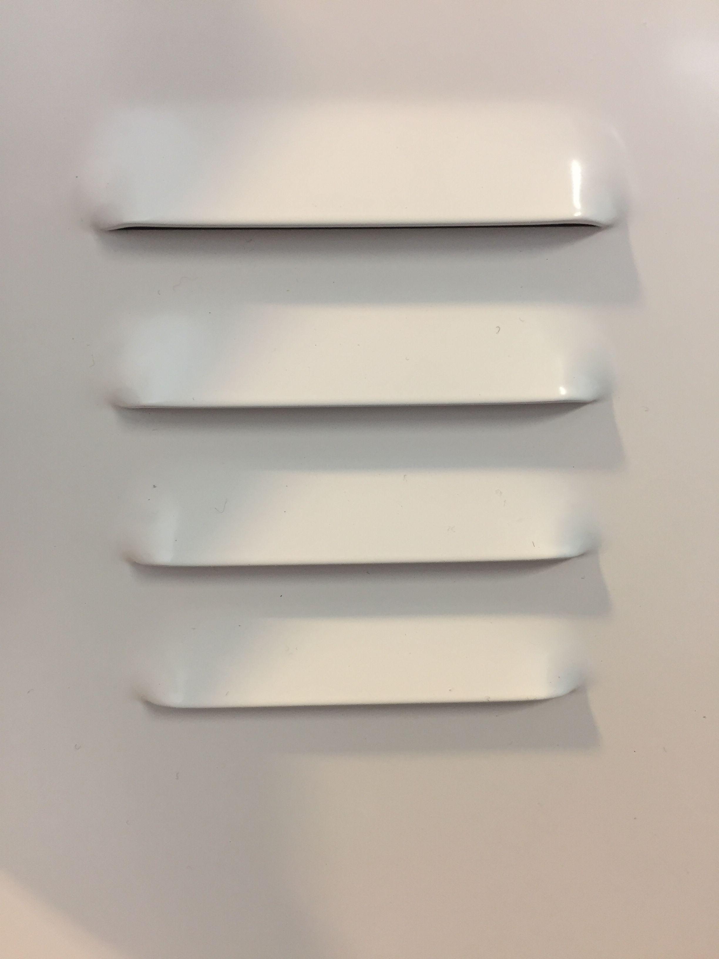 Locker - horizontale lijnen