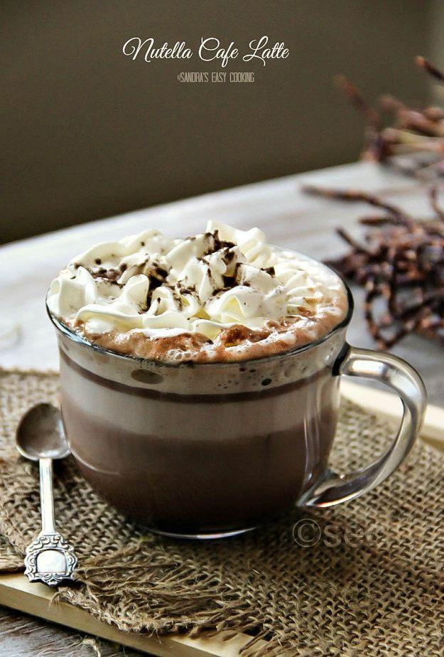 Alegra tus mañanas con un café latte de Nutella.   16 Deliciosas maneras de tomar café que cambiarán tu vida