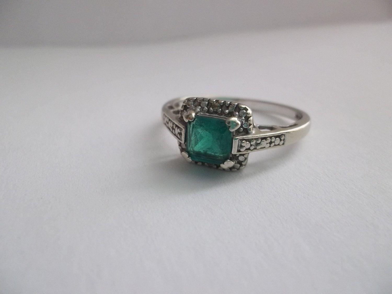 vintage emerald in 10kt white gold ring vintage. Black Bedroom Furniture Sets. Home Design Ideas