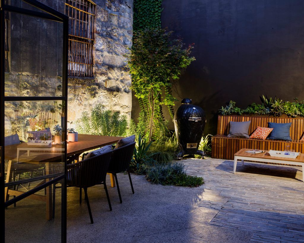 Outdoor entertainment area surry hills from classic to contemporary growing rooms - Small spaces surry hills decor ...