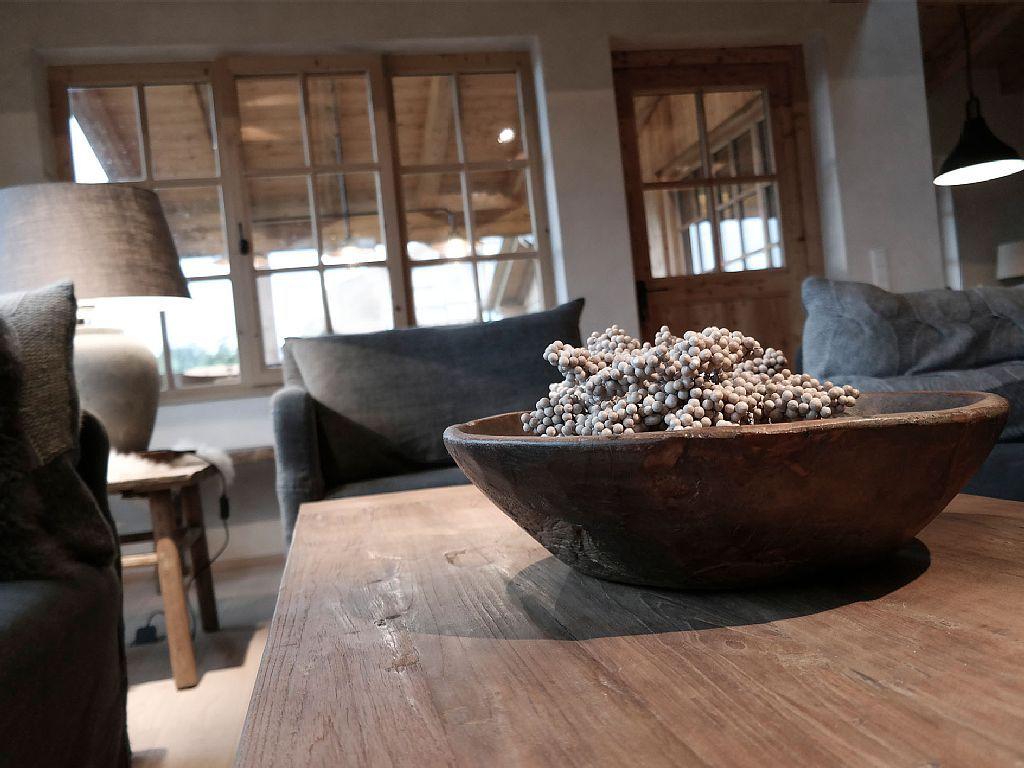 Exklusive Wohnzimmermöbel ~ Romantikhütte rothaarsteig schmallenberg wohnzimmer mit blick auf