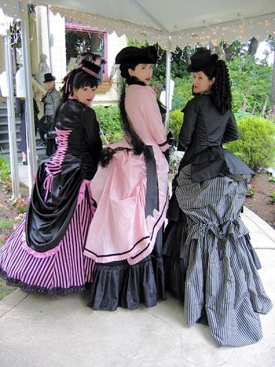 """dollsahoy:  cloggo:  BUSTLEPUNK Three gorgeous bustle dresses. These ladies will have need of the article I found this picture in :—How to Sit in a Victorian Bustle Dress Found HERE  Giggling because, how many of us can identify* at least one of """"these ladies""""…? And those better than me could also give a source for the photo. *Or possibly are *waves to gothiccharmschool *  Oh hey! That's from the Convergence 13 tea party! The other two ladies are Vienna la Rouge and Madame ... #dressesfromthesouthernbelleera"""