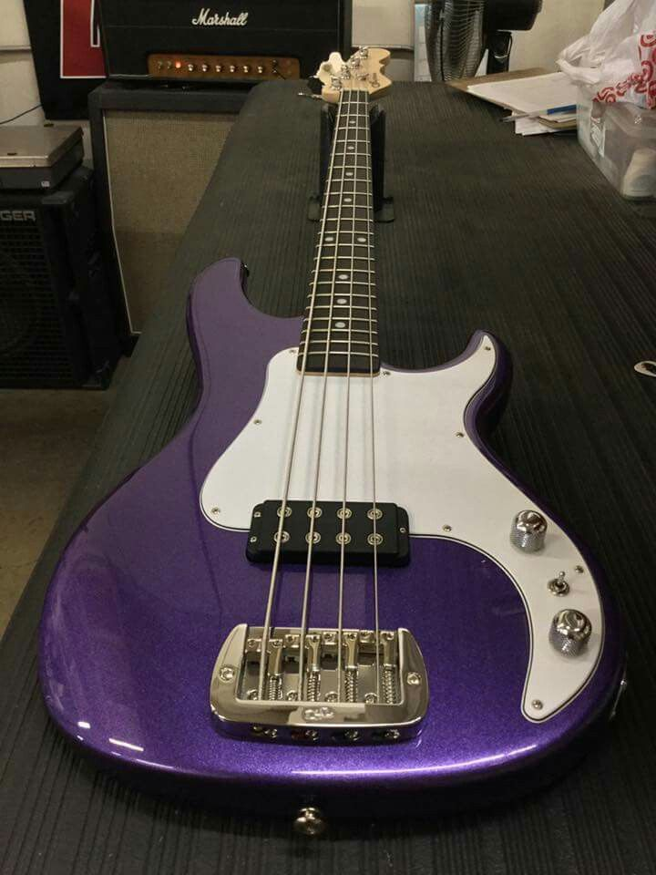 Here S A Kiloton In Royal Purple Metallic 3 Ply White Guard Clear Satin Neck Rosewood Board Clf078943 Is Headed To Mojos Art Bass Guitar Guitar Leo Fender