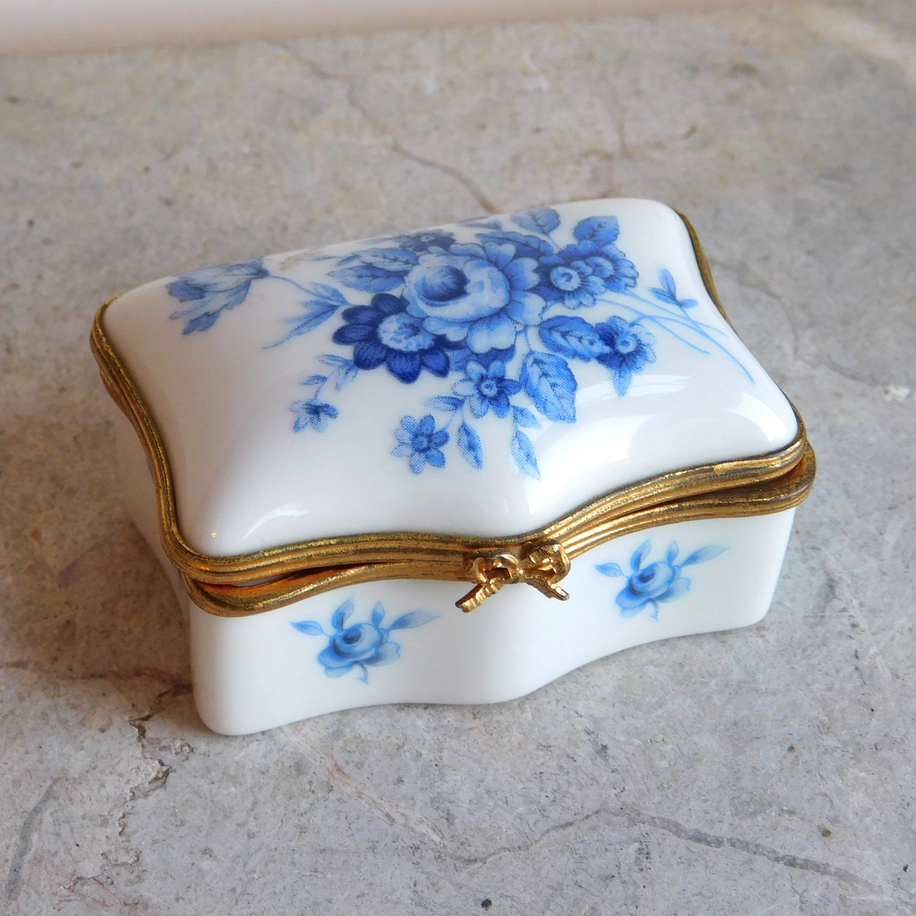 White Trinket Box with Lid