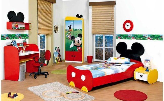 habitacion infantil de mickey-mouse