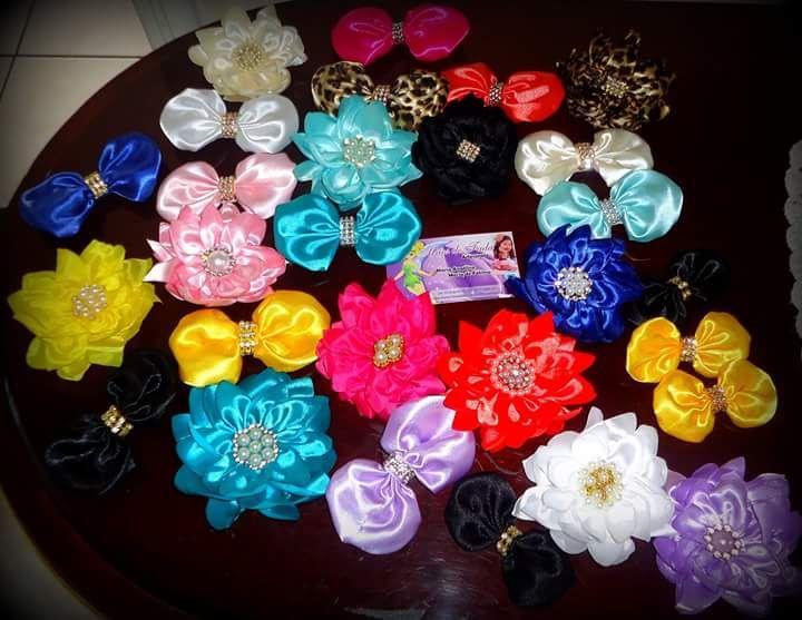 Flores e laços no bico de pato Mãos De Fada Artesato www.facebook.com/mfmuzambinho