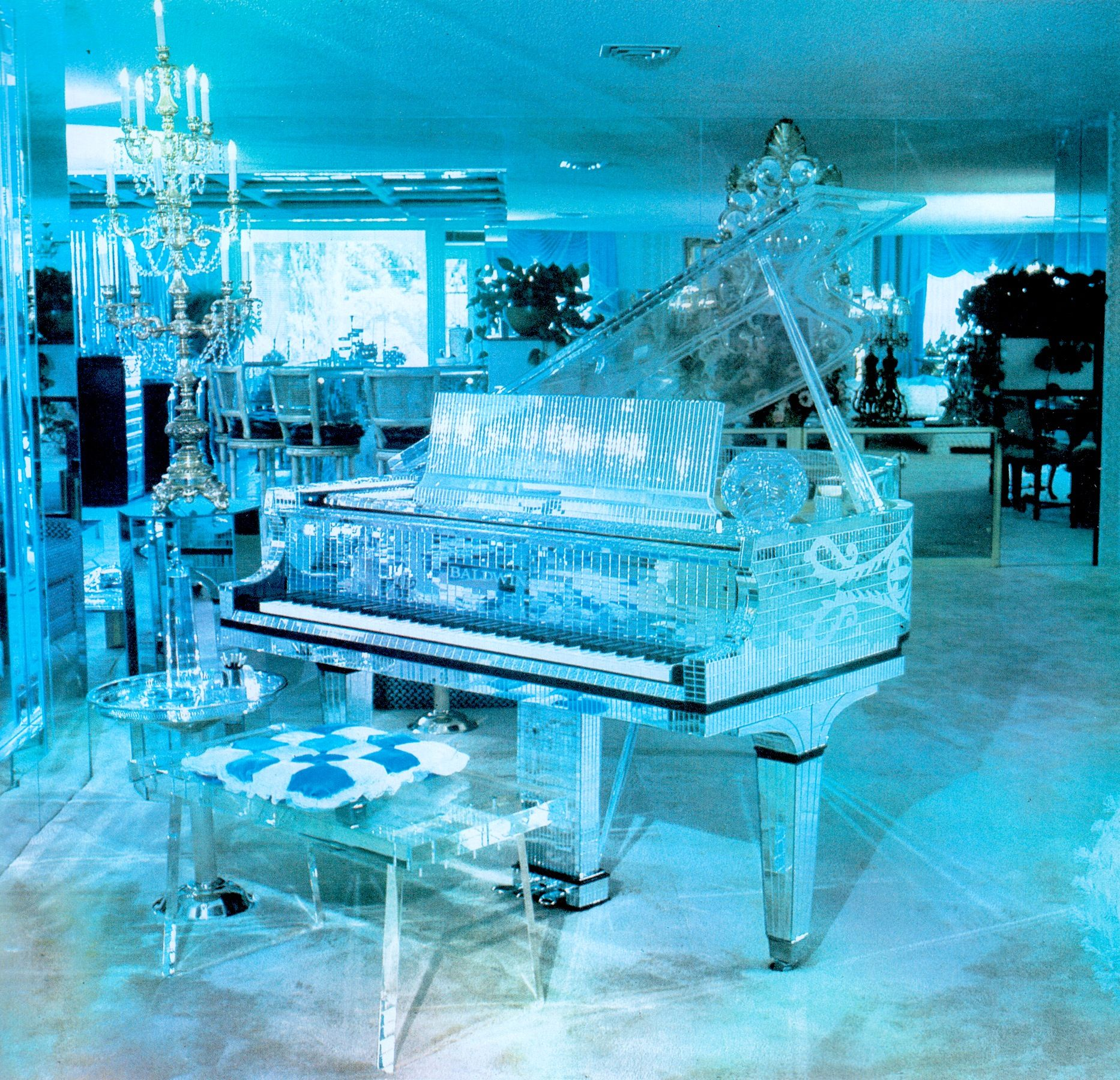 Living Room Sets Las Vegas Liberaces Living Room At His Now Restored Las Vegas Mansion As