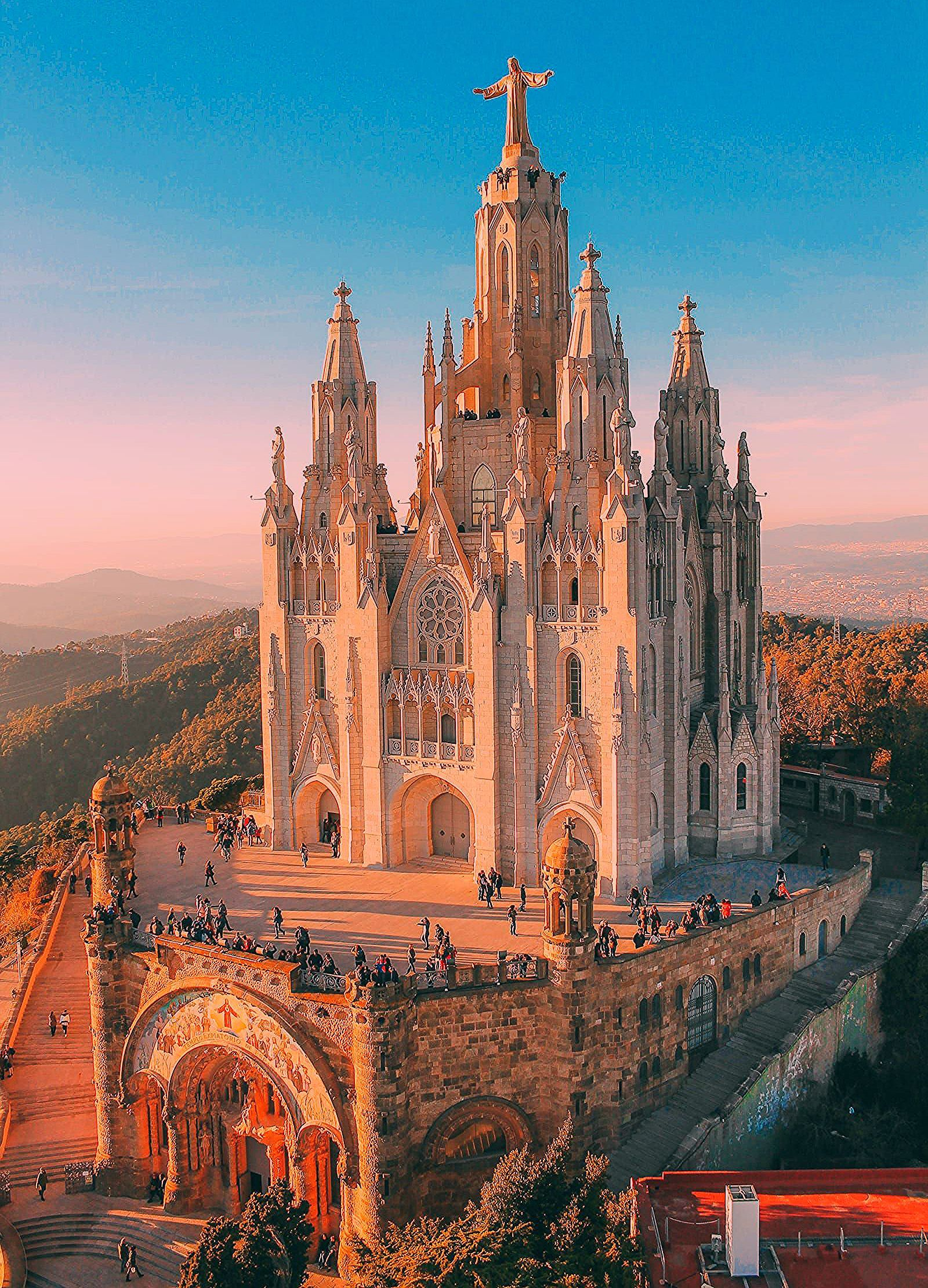 Photo of 22 Best Things To Do In Barcelona, Spain