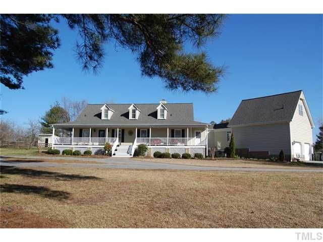 7824 humie olive road apex nc fonville morisey real for House plans with garage attached by breezeway