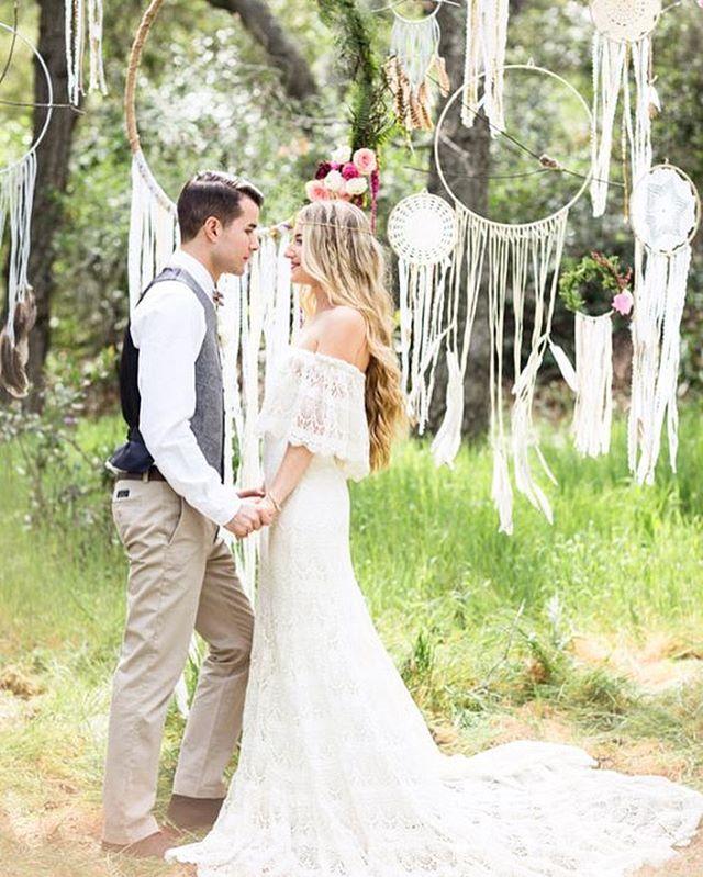 Non Traditional Wedding Dress Boho: These Dreamy Boho Weddings Look Like Real-Life Fairytales