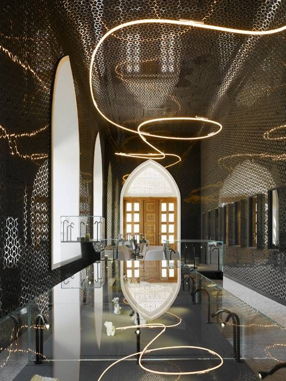 Pin By Maryam Abdulla On Commercial Retail Design Ceiling Design Jewelry Store Design