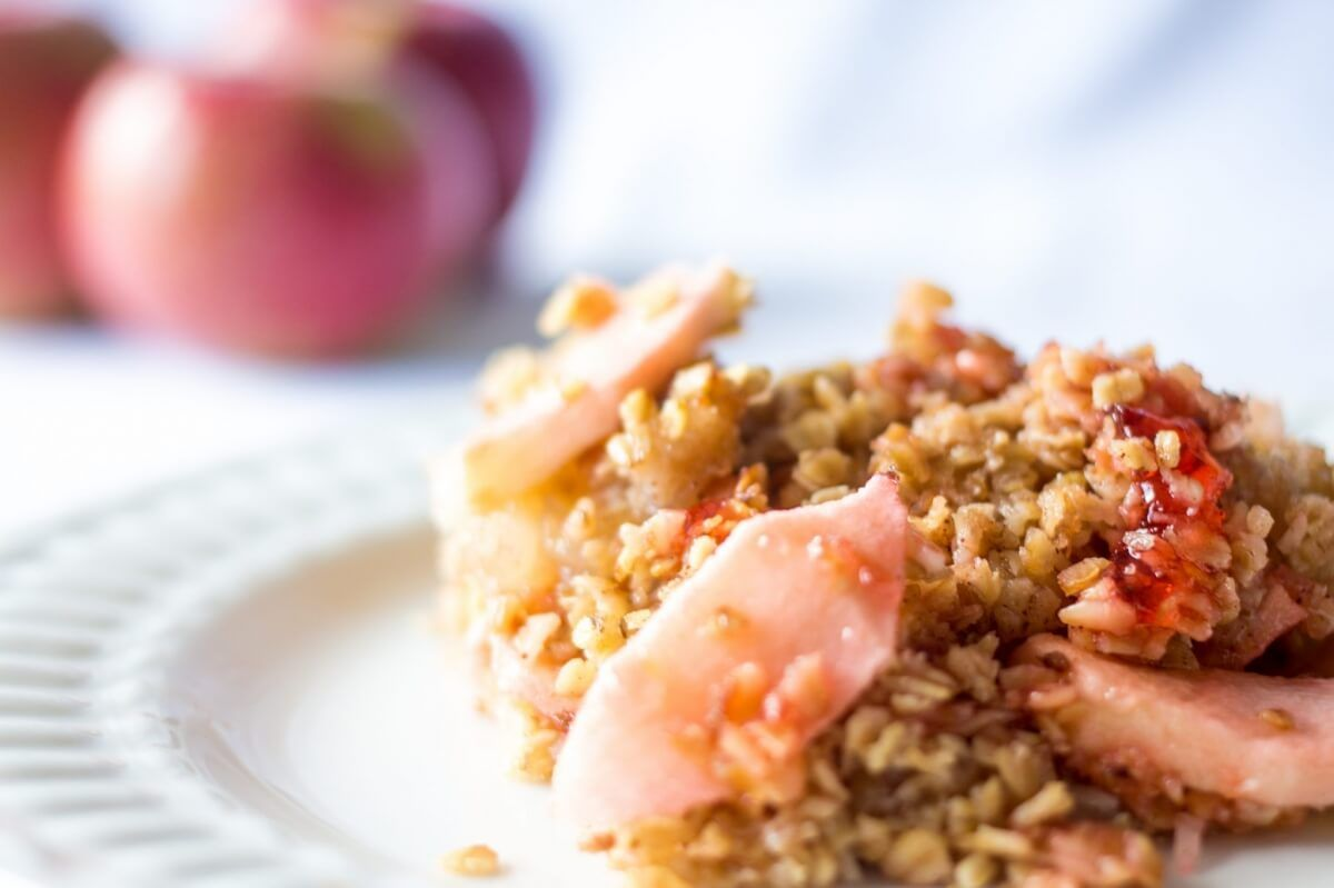 my recipe for apple crisp, super easy to make and tasty! I can eat it for breakfast, snack and desert, oh yes it's that good!