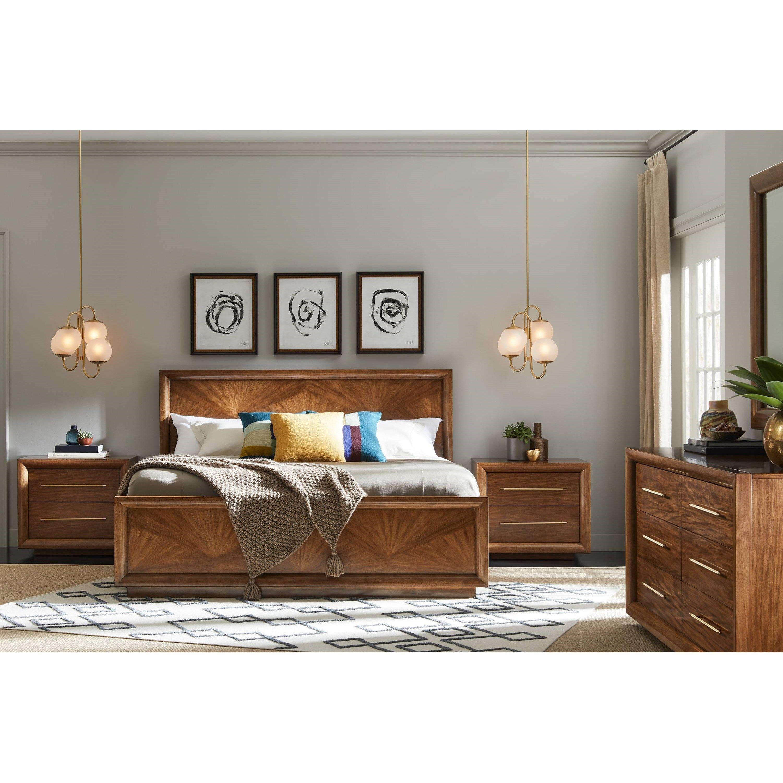 Panavista Queen Bedroom Group By Stanley Furniture At Miskelly Furniture Brown Furniture Bedroom Brown Bedroom Decor Brown Wood Bedroom Furniture
