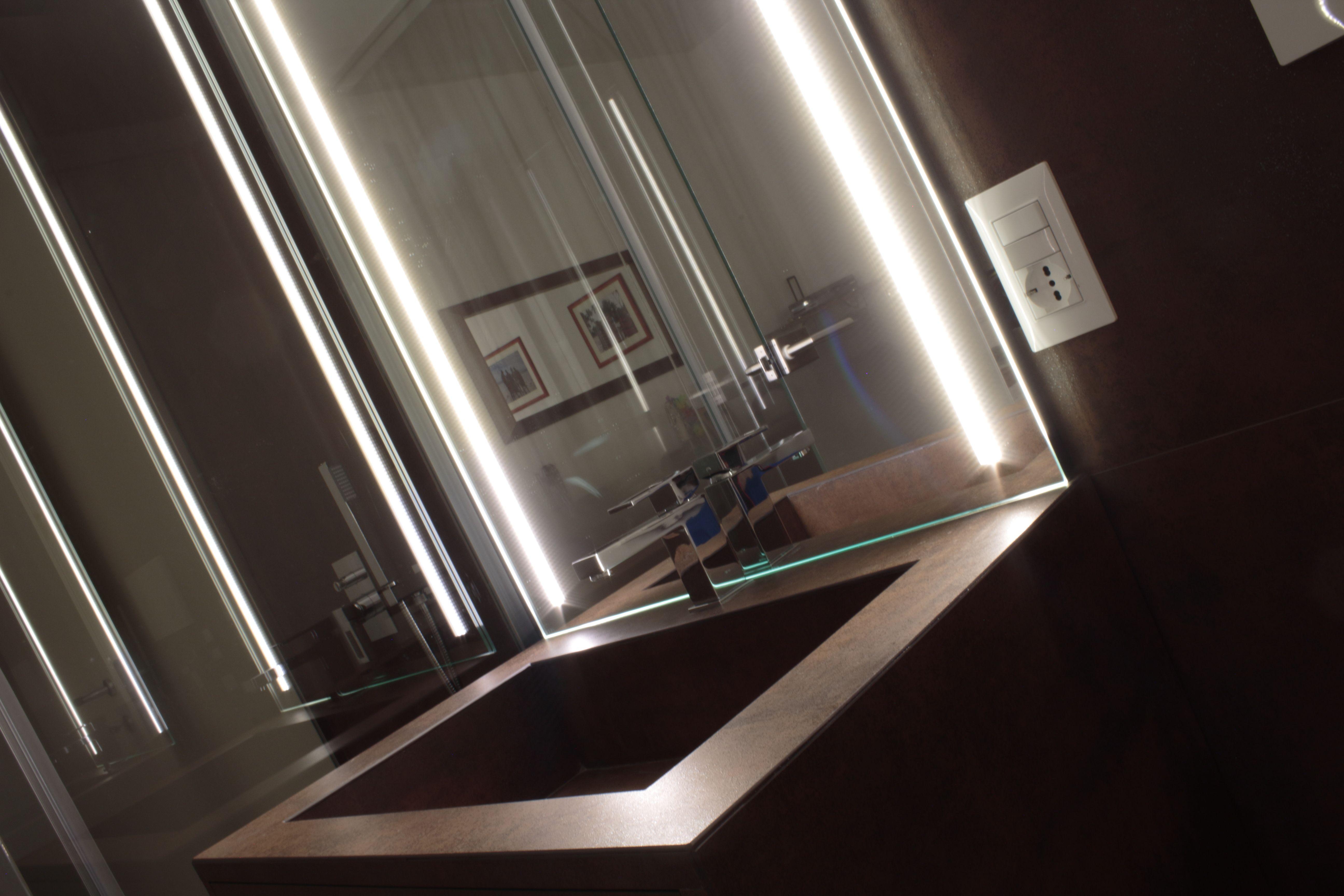 Led Bagno ~ Regia illumina il bagno con le nuove lampade a led le novità