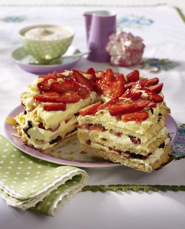 Unser beliebtes Rezept für Erdbeer-Japonaise-Torte und mehr als 55.000 weitere kostenlose Rezepte auf LECKER.de.