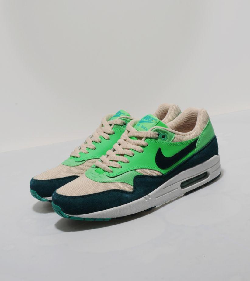 free international shipping nike shoes