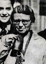 Else Hirsch war eine kleinwüchsige, unscheinbare, ja, vielleicht sogar wenig ansehnliche Person, die, wie Zeitzeugen erinnern, sich auch wenig vorteilhaft kleidete. Keine guten Voraussetzungen, um gesellschaftlich eine größere Rolle zu spielen, doch ihr Wissen und Können waren herausragend und ihre