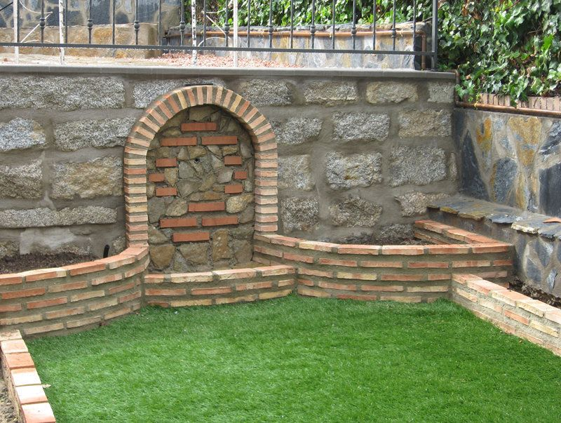 Dise o de jardines peque os para entradas de casas for Jardines pequenos con ladrillos