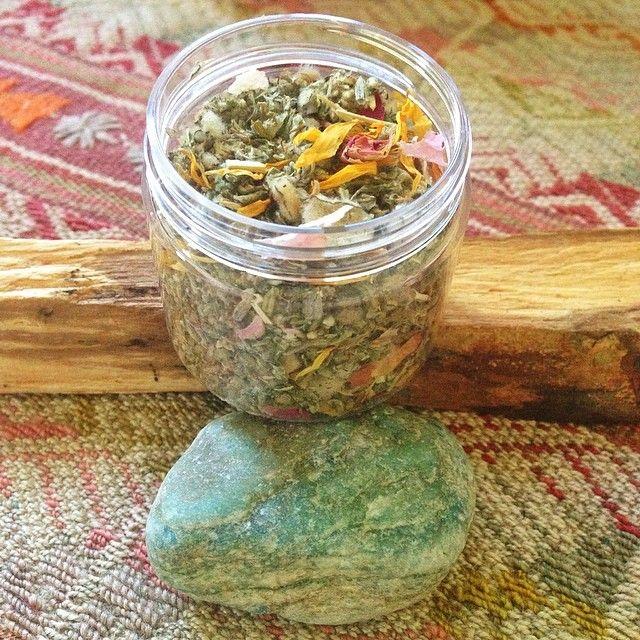 Herbal smoking blend with Mullein, Mugwort, lavender