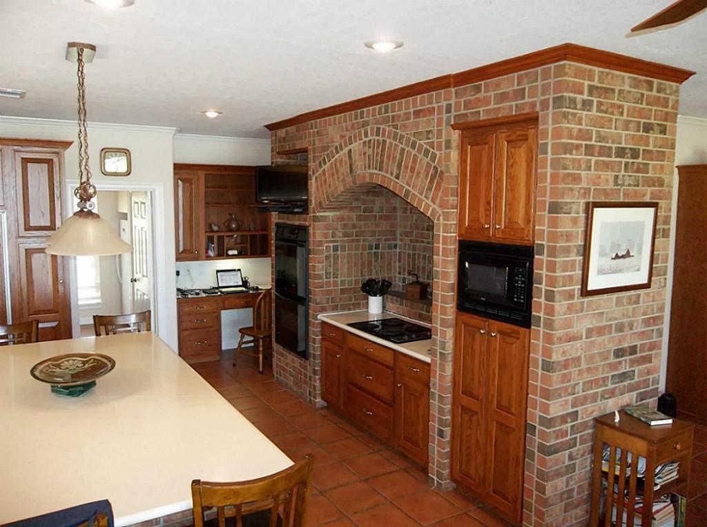 kitchen brick oven cooktop surround - Google Search | Kitchen ...