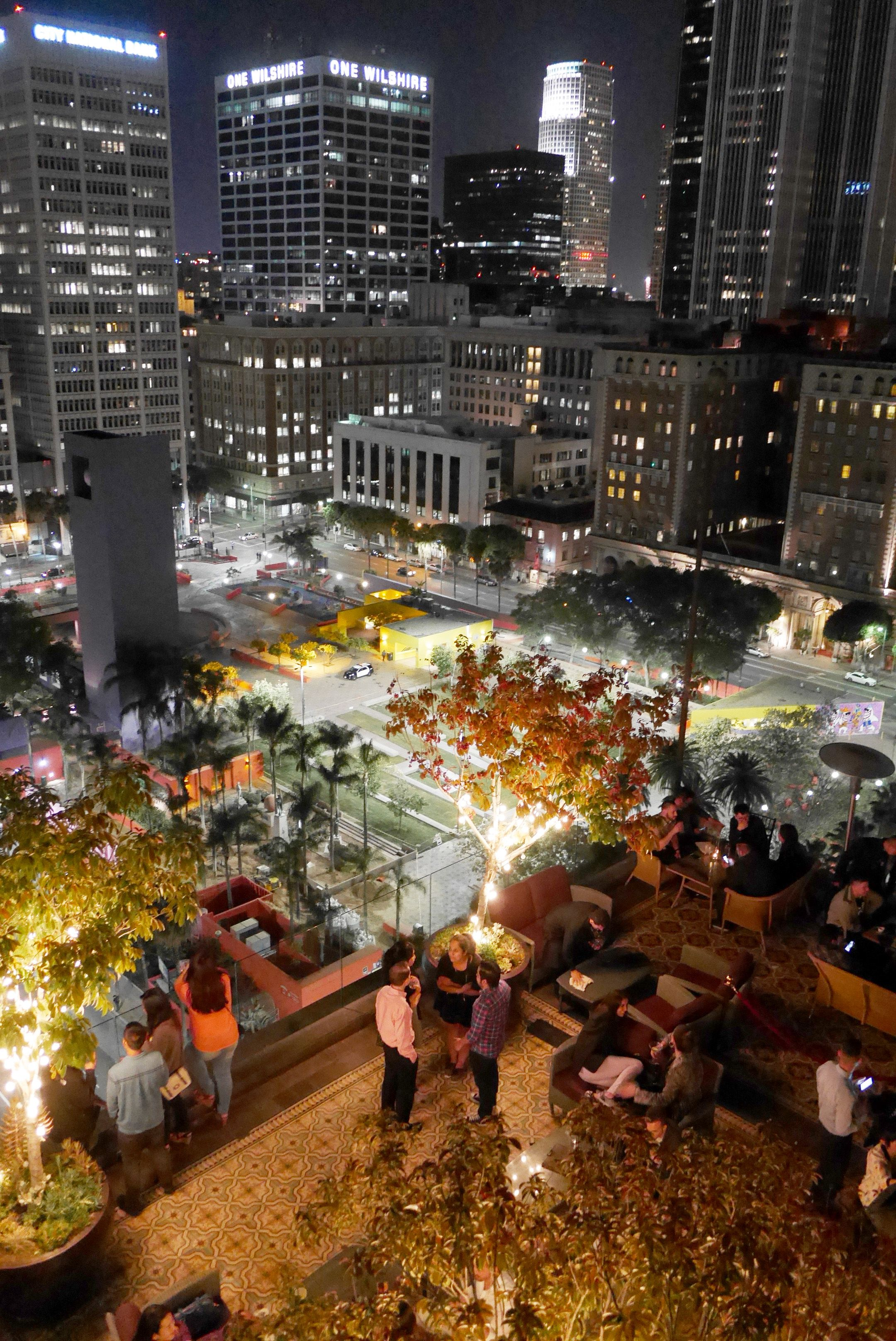 Downtown Los Angeles Ca The Perch Rooftop Bar Lounge Rooftop Bar Downtown Los Angeles Places To Go