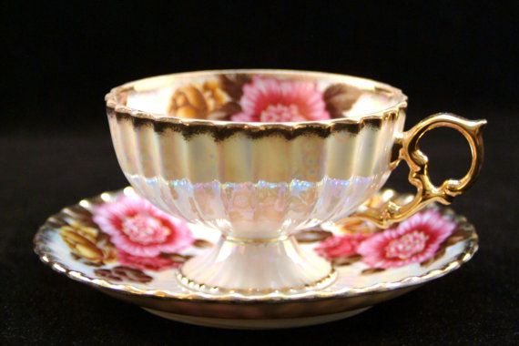 Fan Crest Lusterware Teacup and Saucer Fine China Made in Japan with Gold Trim