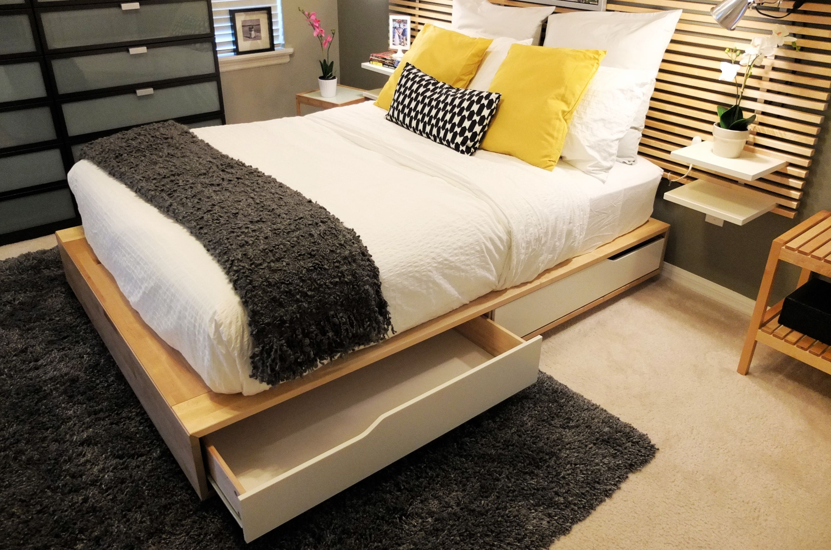 Home Furniture Store Modern Furnishings Decor Ikea Mandal Bed Small Bedroom Simple Bedroom