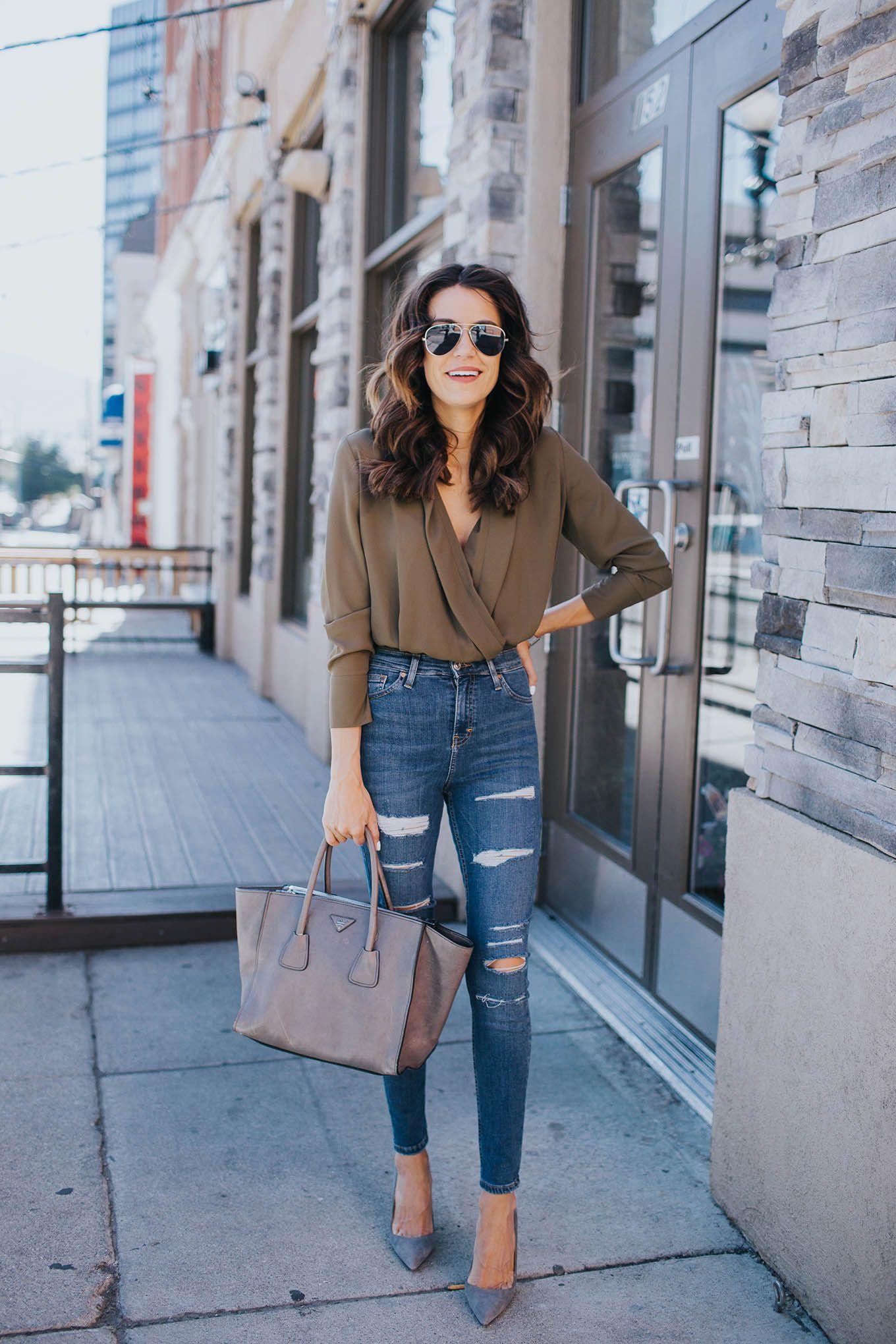 Ripped jeans flannel shirt  Best Denim Styles Under   popularazbestdenim