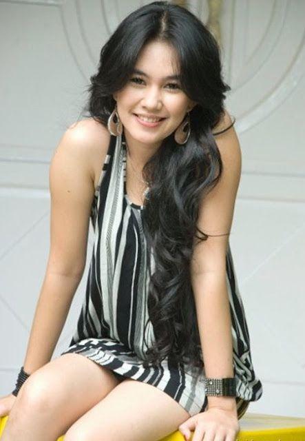 Kartika Putri Artis Indonesia