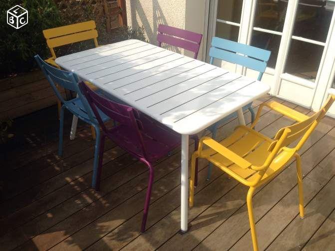 table fermob luxembourg cour pinterest meuble jardin ameublement et cour. Black Bedroom Furniture Sets. Home Design Ideas
