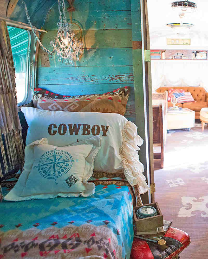 Cowboy and cowgirl pillow shams