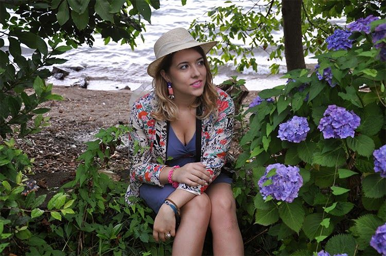 24# Outfit: Flowers and Giveaway http://www.fashiondupes.com/2014/06/24-outfit-flowers-and-giveaway.html #outfit #ootd #ootn #style #look #flowers#flower#blazer #romwe#hm #earrings #hat #fashionblogger#fashiondupes #pastels #summer #estate