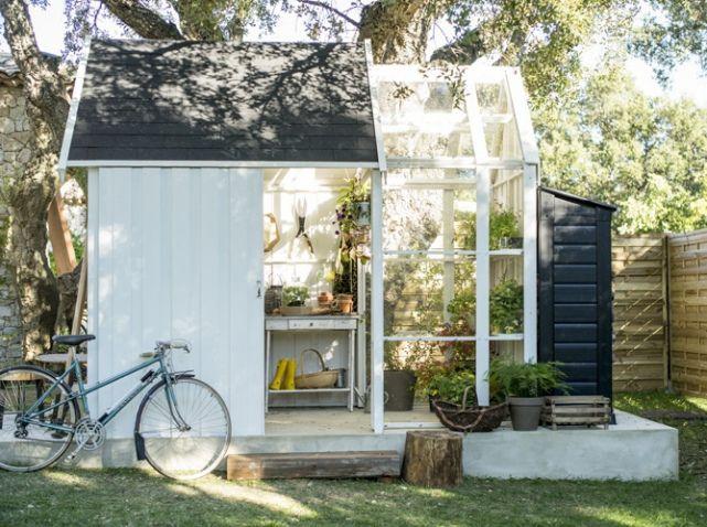 Cabane de jardin avec serre | dehors | Pinterest | Gardens, Garden ...