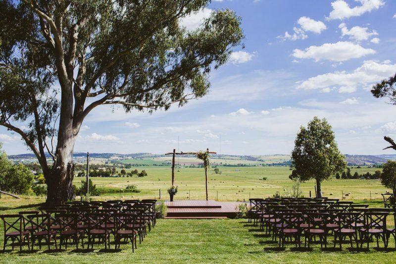 Borrodell Vineyard Outdoor Wedding Venues Barn Wedding Wedding Locations