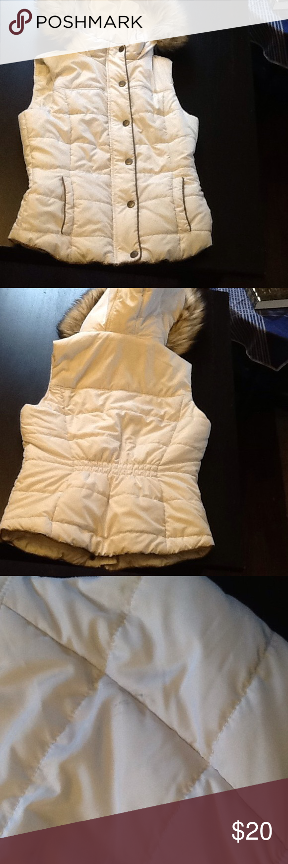 Aeropostale Prince & Fox Hooded Vest w/ faux fur Great Condition! Small stain on the back, as shown in picture, great quality material. Aeropostale Jackets & Coats Vests