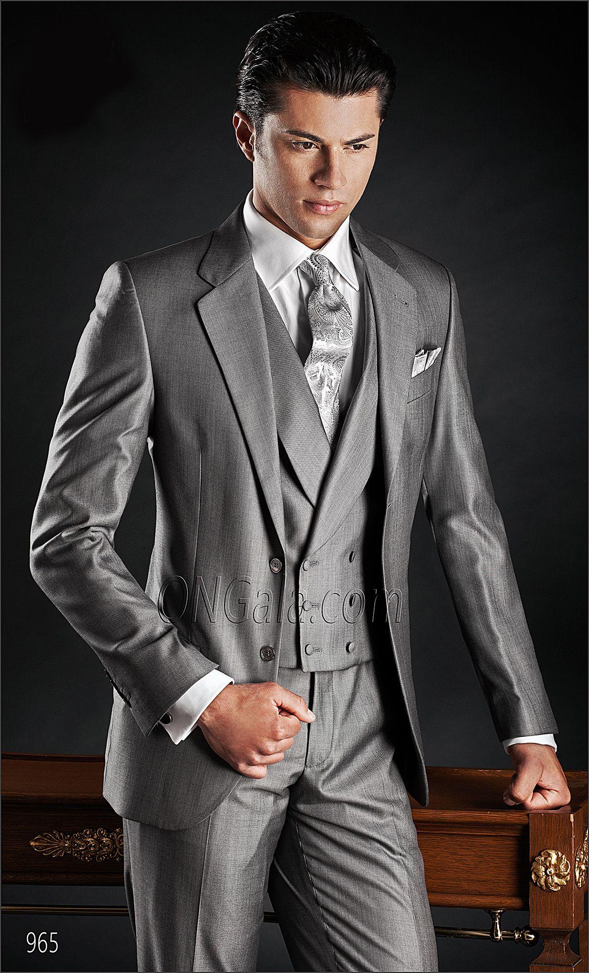 Gilet Uomo Matrimonio : Abito da cerimonia uomo in lana seta grigia con gilet