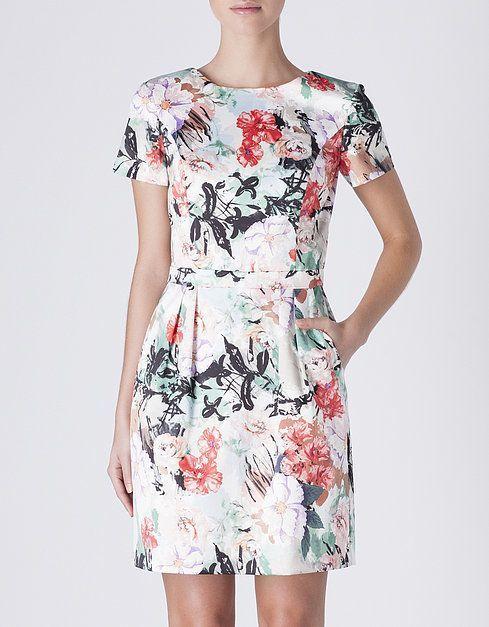 Moda vestidos de flores