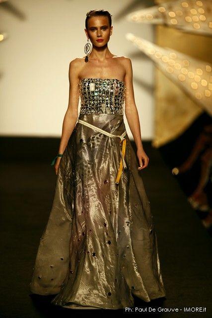 Abiti Da Sera Gattinoni.Gattinoni Fashion Design Clothes High Fashion Dresses Top