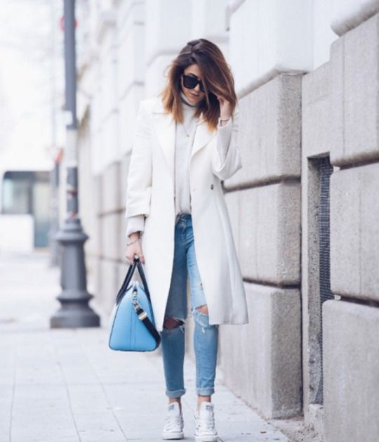 861728778 Wearing white converse with a matching white coat can create a gorgeous  winter look. Nicoletta
