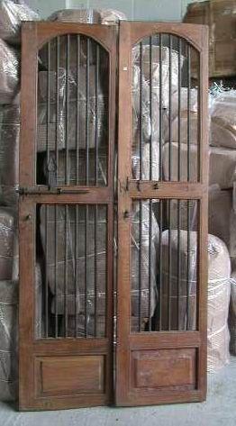 Puertas de rejas antiguas buscar con google cava for Puertas de madera y hierro antiguas