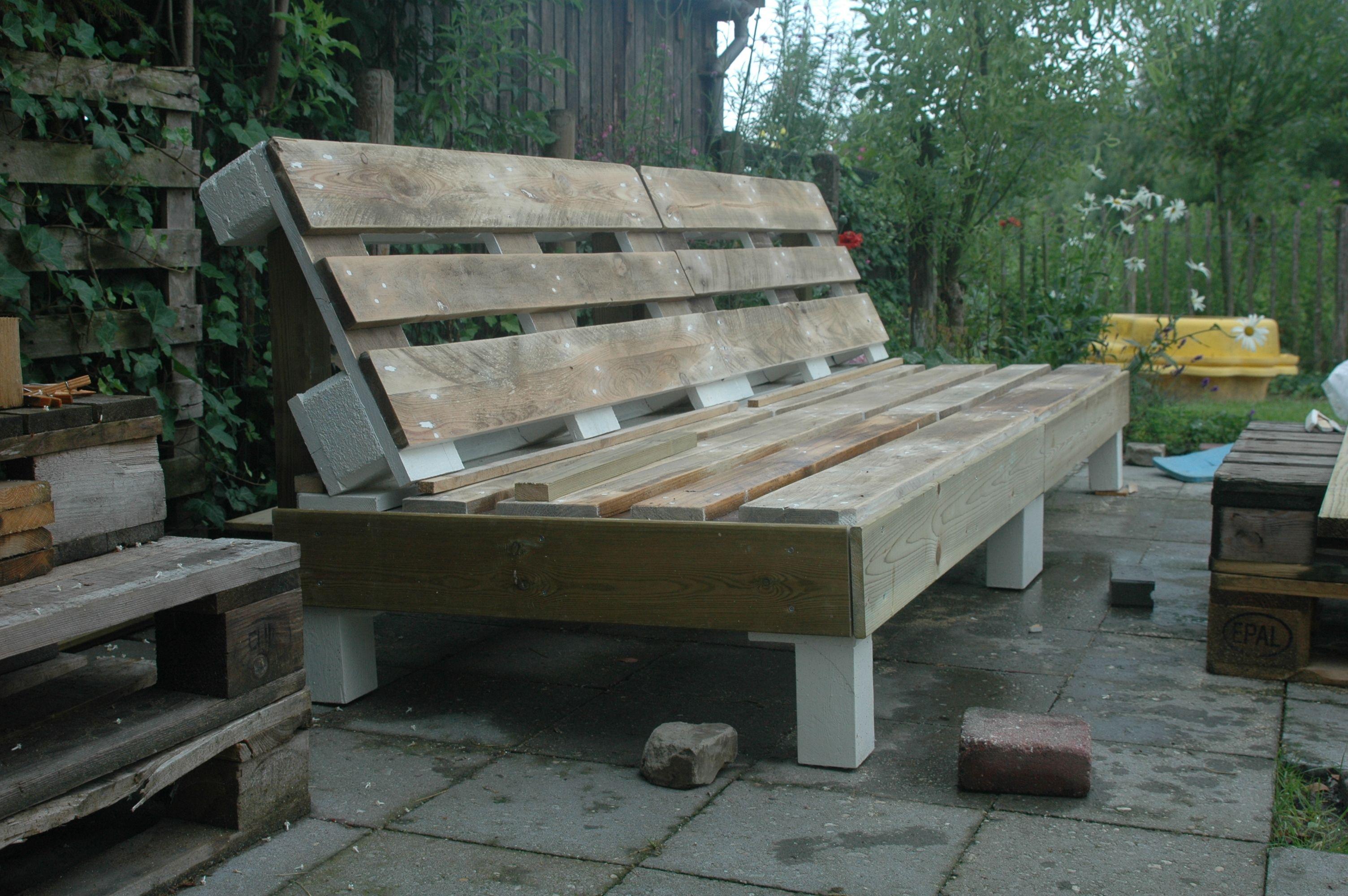 Ongebruikt Loungebank van pallets | Bank zelf maken, Tuinsets JD-75
