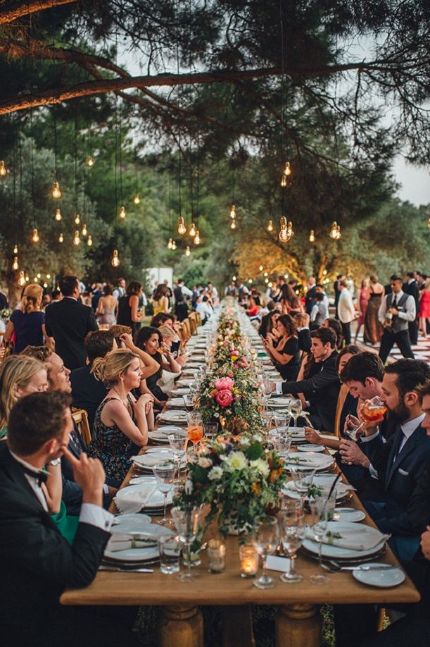 Beautiful long wedding reception table  | Outdoor wedding #outdoorwedding #olivegrovewedding
