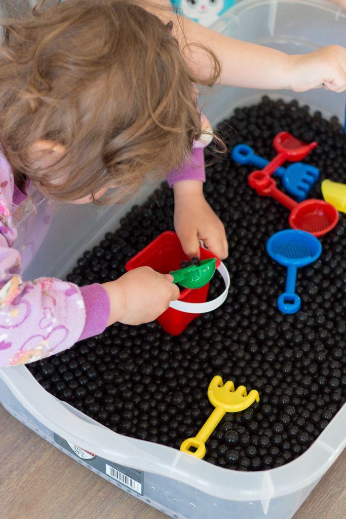 perles d 39 eau activite sensorielle toddler activities. Black Bedroom Furniture Sets. Home Design Ideas