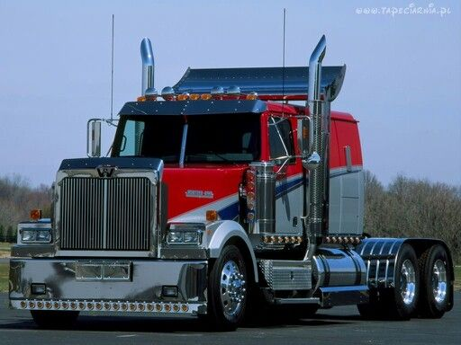 Crome And Lights Look Good On Big Rigs Western Star Trucks